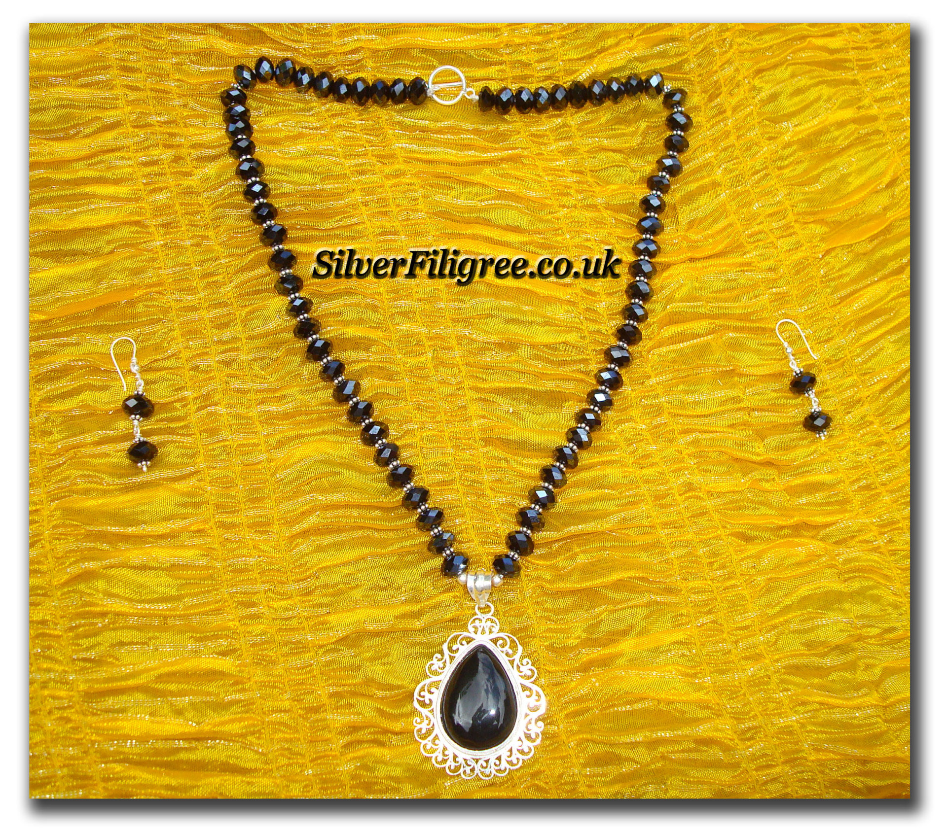 Silver Filigree Black Crystal Necklace Set